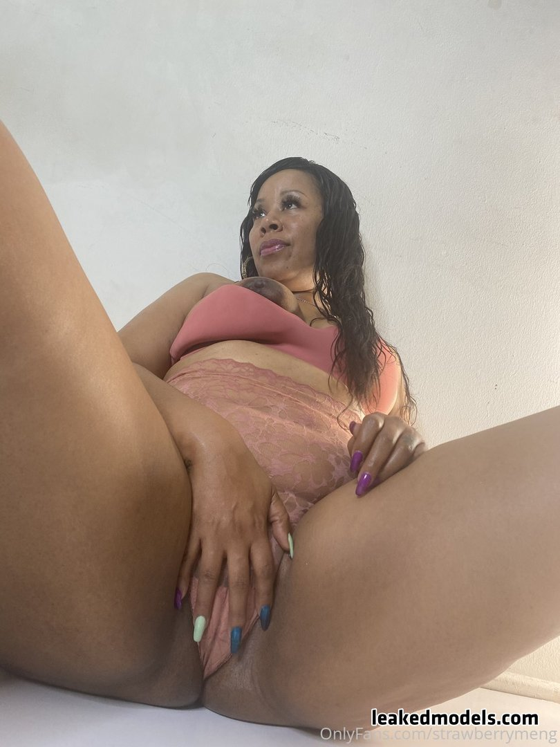 StrawsBerries Meng OnlyFans Leaks (49 Photos and 7 Videos)